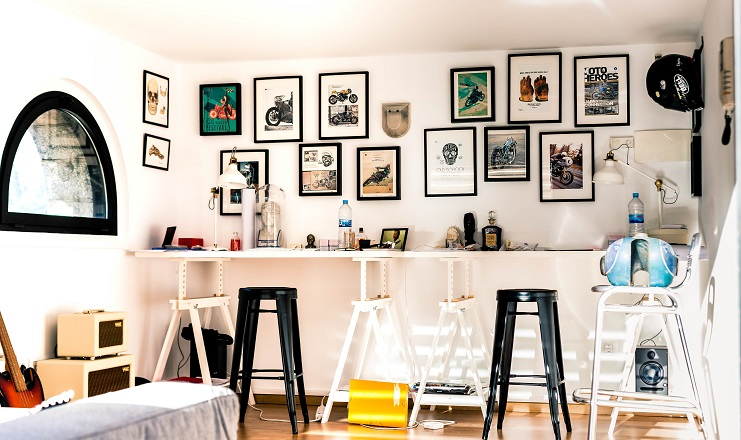 5 Amazingly Inventive Ways to Spruce up Empty Walls