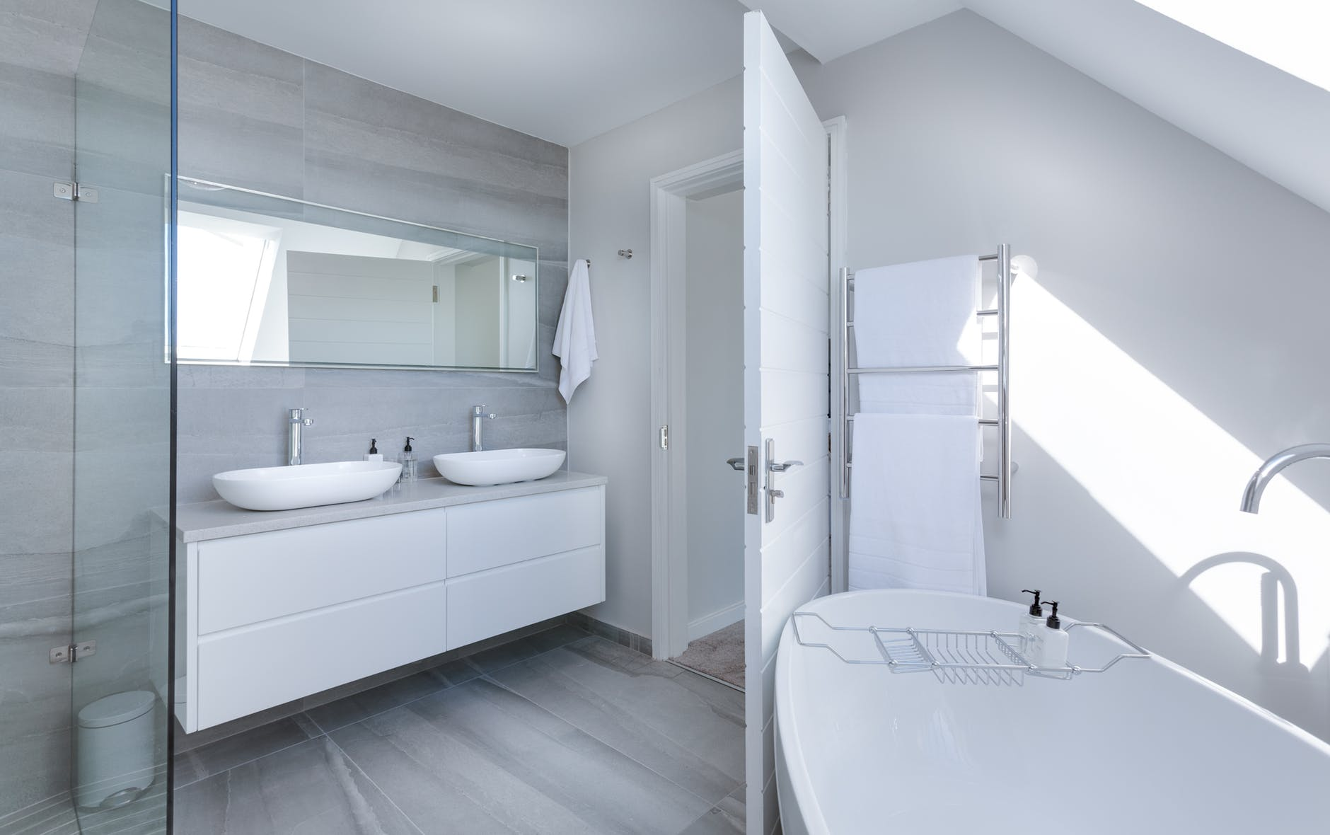 Choosing between Bathtub and Shower? Read this first.