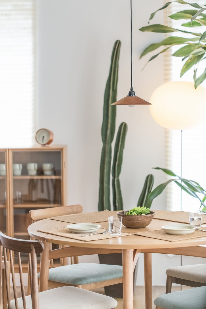 Enlighten your dining room for a much better experience