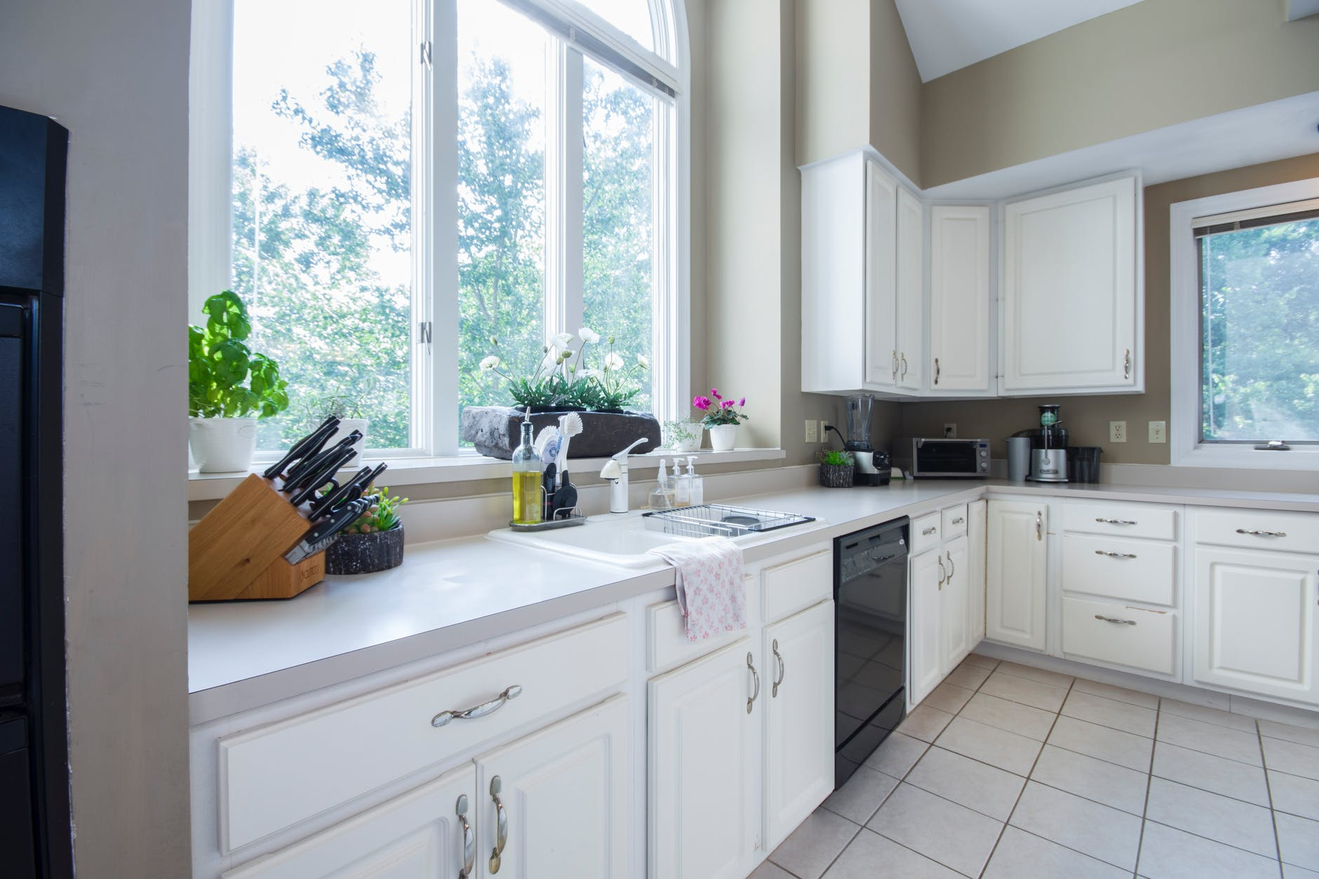 Some of the benefits of Kitchen Remodeling